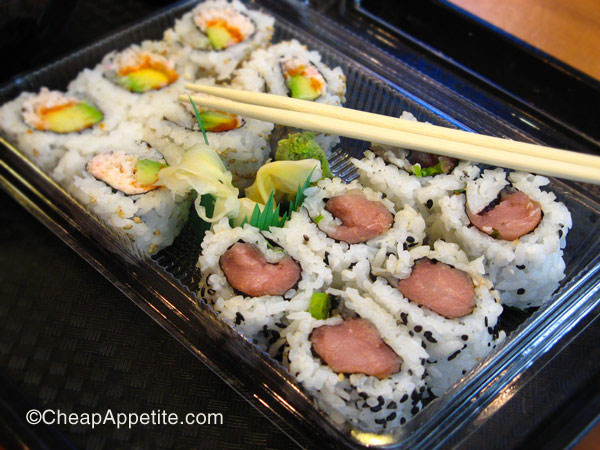 sushi mart california roll and spicy tuna roll (combo 2)