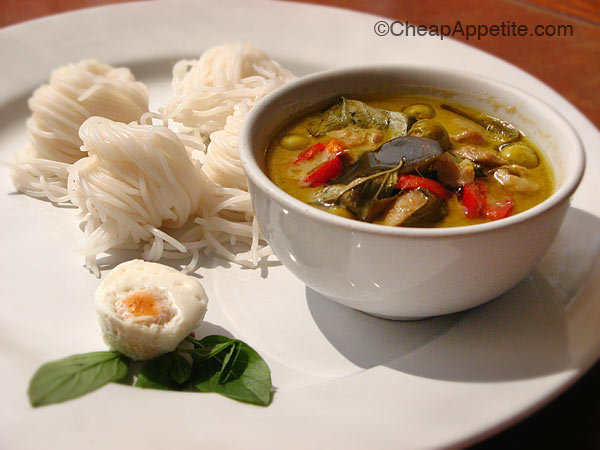 See Fah's Thai sourdough rice noodles with green curry chicken
