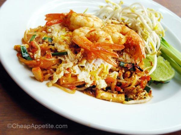 Fresh Shrimp Pad Thai