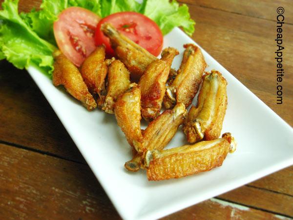 Khao Jao Deep Fried Chicken Wings
