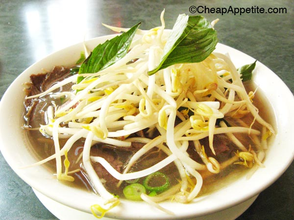 Pho Le Inc: Pho noodle soup with bean sprouts and thai sweet basil leaves