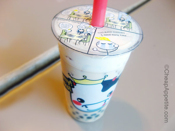 Bubble black tea with tapioca pearl at Juice King, Yaohan Centre Food Court